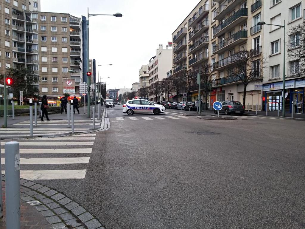 Arcueil les fusillades terroristes d arcueil et de montrouge - Centre commercial la vache noire arcueil ...